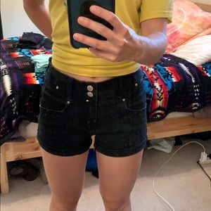 Almost Famous black high waisted jean shorts!
